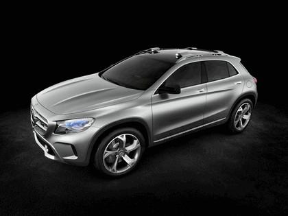 2013 Mercedes-Benz GLA concept 9