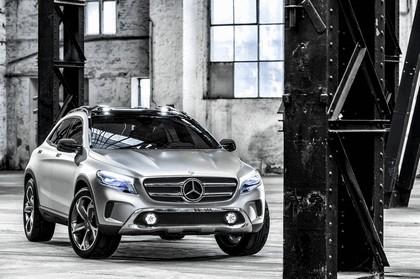 2013 Mercedes-Benz GLA concept 15