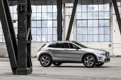 2013 Mercedes-Benz GLA concept 16