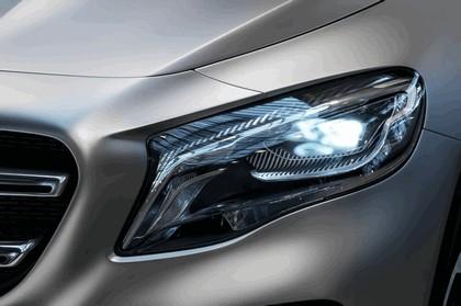 2013 Mercedes-Benz GLA concept 31
