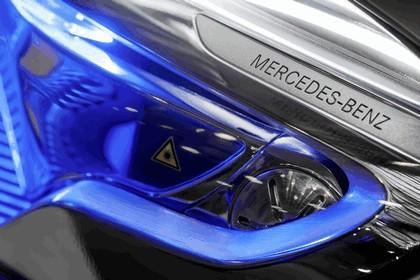 2013 Mercedes-Benz GLA concept 33