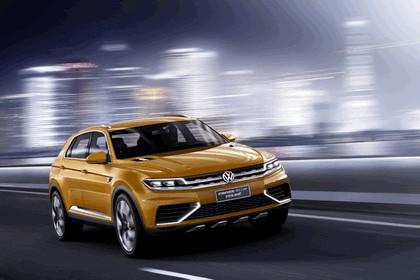 2013 Volkswagen CrossBlue Coupé 1