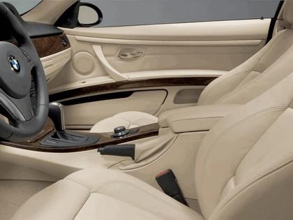 2007 BMW 335i coupé 11