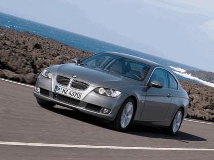 2007 BMW 335i coupé 17