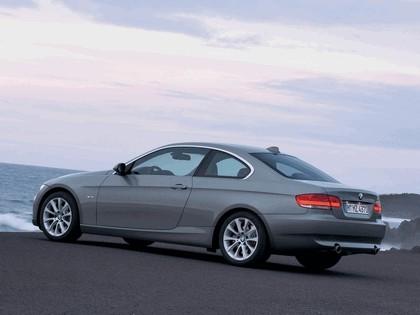 2007 BMW 335i coupé 19