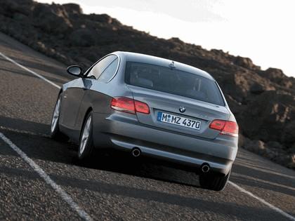 2007 BMW 335i coupé 26