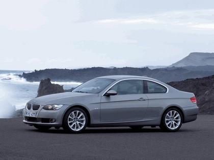 2007 BMW 335i coupé 29