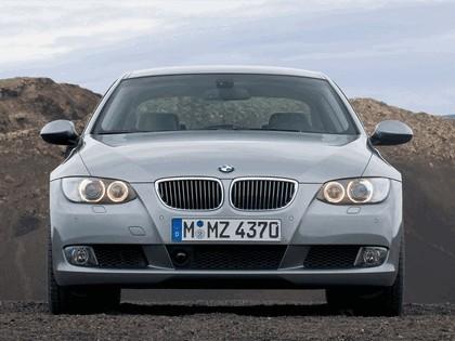 2007 BMW 335i coupé 35