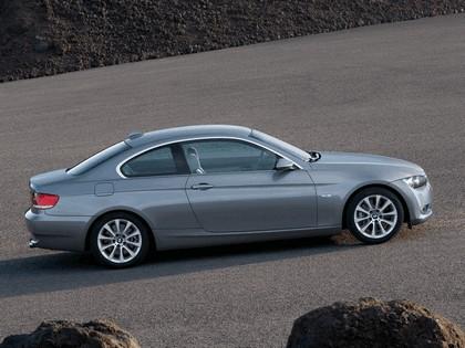 2007 BMW 335i coupé 38
