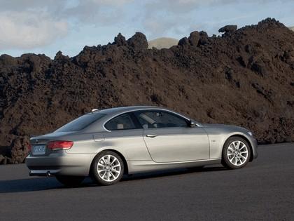 2007 BMW 335i coupé 40