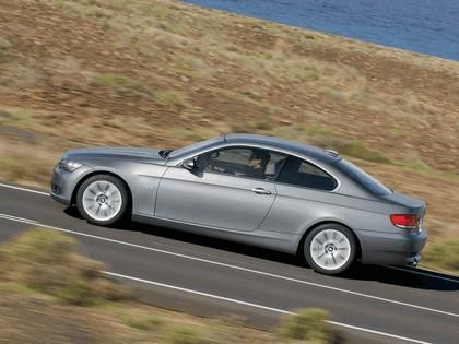 2007 BMW 335i coupé 42