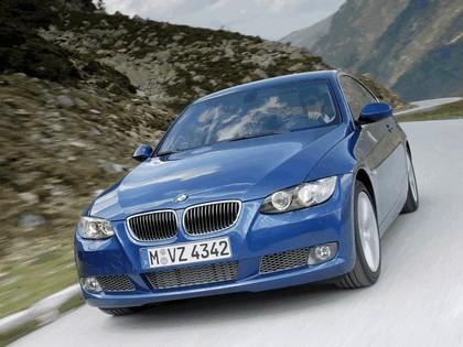 2007 BMW 335i coupé 46