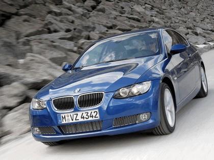 2007 BMW 335i coupé 47