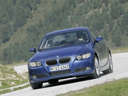 2007 BMW 335i coupé 57