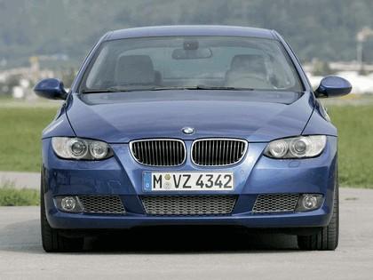 2007 BMW 335i coupé 68