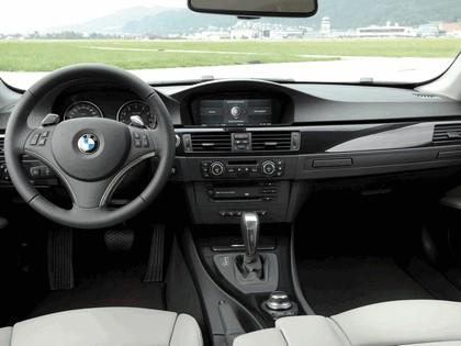 2007 BMW 335i coupé 73