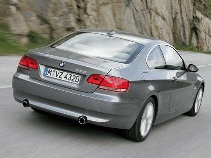 2007 BMW 335i coupé 83