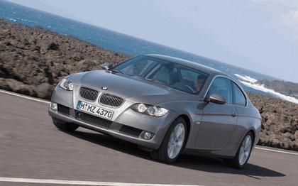 2007 BMW 335i coupé 108