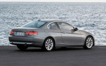 2007 BMW 335i coupé 111