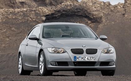 2007 BMW 335i coupé 128