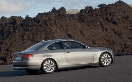 2007 BMW 335i coupé 131