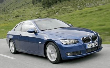 2007 BMW 335i coupé 141