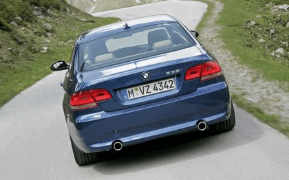 2007 BMW 335i coupé 142