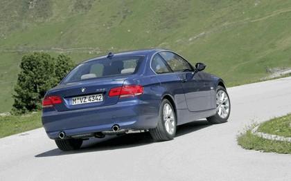 2007 BMW 335i coupé 145