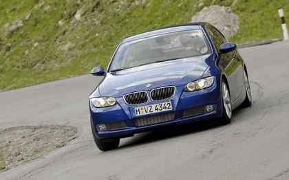 2007 BMW 335i coupé 146