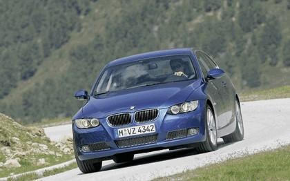 2007 BMW 335i coupé 148