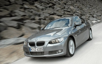 2007 BMW 335i coupé 174