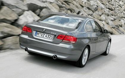 2007 BMW 335i coupé 175