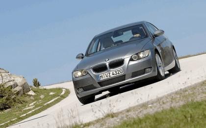 2007 BMW 335i coupé 178