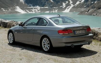 2007 BMW 335i coupé 180