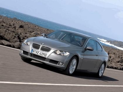 2007 BMW 335i coupé 187