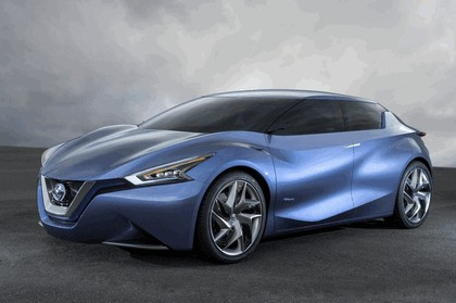 2013 Nissan Friend-ME concept 1