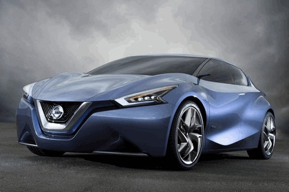 2013 Nissan Friend-ME concept 3