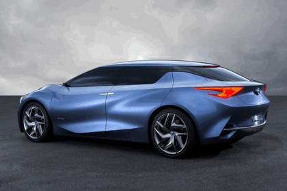 2013 Nissan Friend-ME concept 4