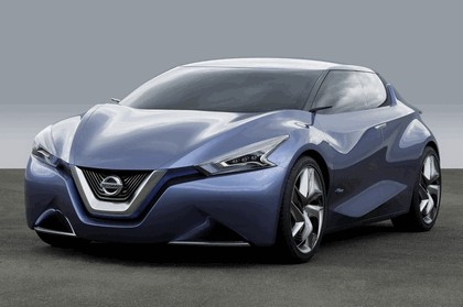 2013 Nissan Friend-ME concept 8