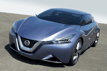 2013 Nissan Friend-ME concept 11