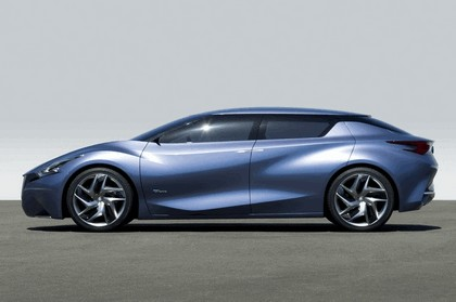 2013 Nissan Friend-ME concept 14