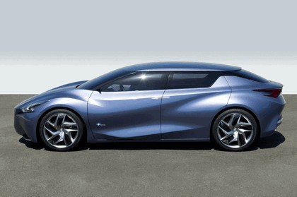 2013 Nissan Friend-ME concept 16