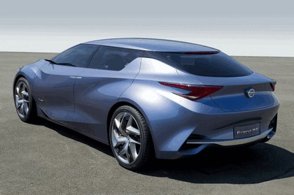 2013 Nissan Friend-ME concept 17