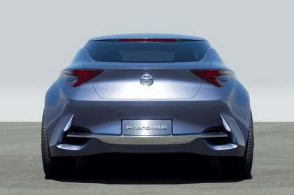 2013 Nissan Friend-ME concept 18