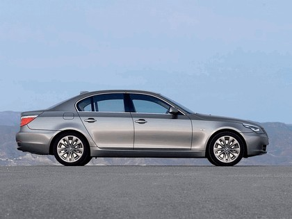 2007 BMW 530i 21