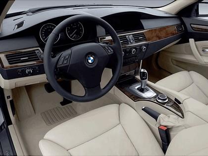 2007 BMW 530i 28