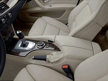 2007 BMW 530i 30
