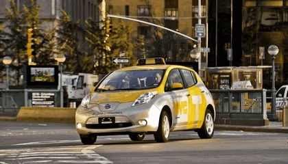 2013 Nissan Leaf - New York City Taxi 6
