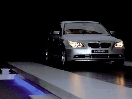 2007 BMW Brilliance 530Li chinese version 29