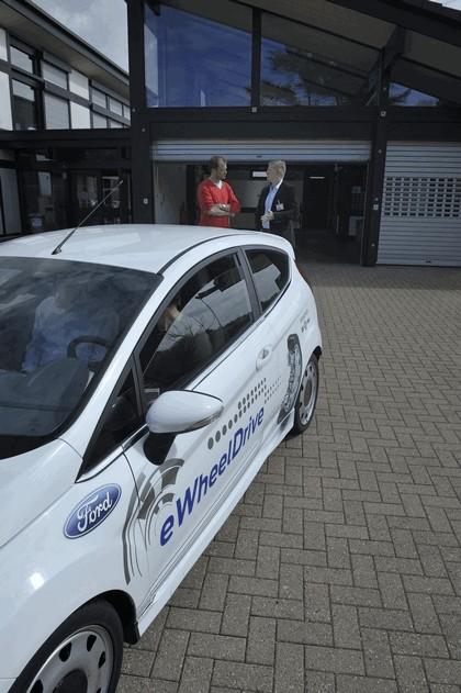 2013 Ford Fiesta eWheelDrive 28